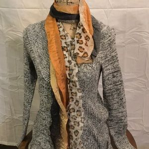 Accessories - NWT scarf style B3566